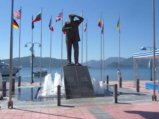 Ataturkin patsas